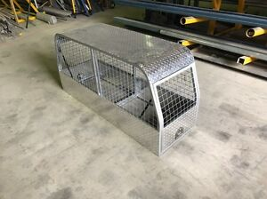 Ute back dog cage Marrangaroo Lithgow Area Preview