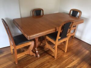 Art Deco Table and Chairs Yarraville Maribyrnong Area Preview