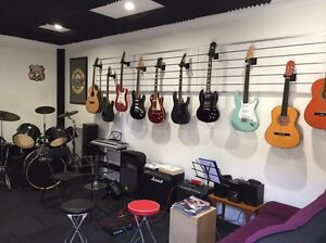 Guitar Re-String! Low Price! Birkdale Redland Area Preview