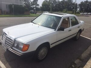 Mercedes 300 1986 Merewether Newcastle Area Preview