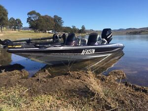 Stratos 294xl bass boat Lower Belford Singleton Area Preview