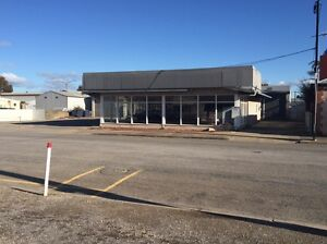 Workshop and show room for sale lease Minlaton Yorke Peninsula Preview