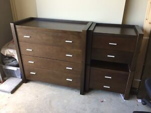 Queen size bed dresser and bed side draws set Harrington Park Camden Area Preview