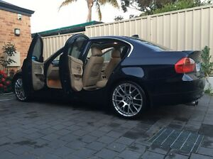 BMW 325i 2006 6cylinder High Wycombe Kalamunda Area Preview