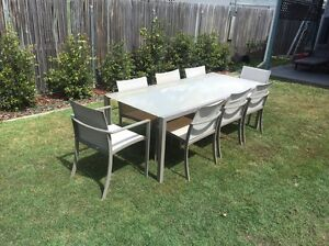 Freedom outdoor 8 seat setting Virginia Brisbane North East Preview