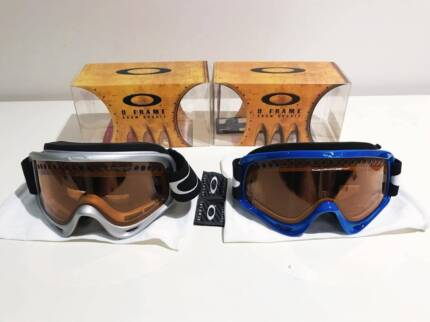 FOR SALE - 2 Oakley O Frame Snow Goggles