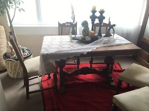 Antique vintage dining table and 6 chairs Coogee Eastern Suburbs Preview