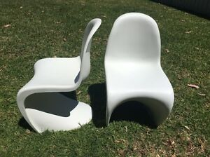 2x kids replica chairs Heathcote Sutherland Area Preview