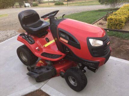 2012 YT4000 craftsman ride on lawnmower