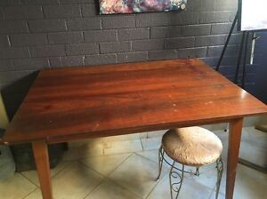 Free dining table Westminster Stirling Area Preview