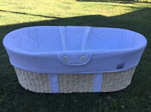 Baby bassinet/Moses basket Wynnum Brisbane South East Preview
