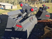 TITAN TILT BUCKETS 30T Kingsholme Gold Coast North Preview