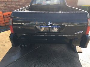 WANTED Vu - vz tailgate and tonneau cover Kenwick Gosnells Area Preview