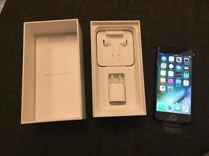 iPhone 7, 32 GB matte black 2 year warranty