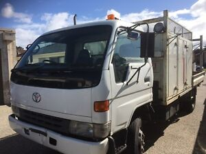 Toyota dyna 400 high cab chassis Keilor Downs Brimbank Area Preview
