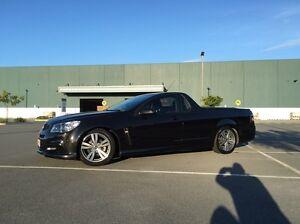 VF sv6 ute 2014 manual black Arundel Gold Coast City Preview