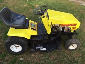 """RIDE ON LAWN MOWER GREENFIELD EVOLUTION  E2000 2005 MK2 13HP HONDA 34"""" Blue Haven Wyong Area Preview"""