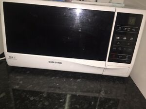 Microwave and toaster! Wetherill Park Fairfield Area Preview