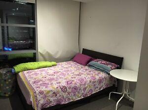 Rent : 2 bedroom, 2 Bath and 1 car parking CBD Melbourne CBD Melbourne City Preview