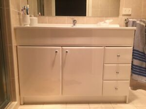 Used vanity for sale Middleton Grange Liverpool Area Preview