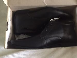 brand new black leather men's  dress shoes. Cumberland Park Mitcham Area Preview