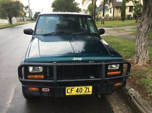 Jeep Cherokee 1999 5speed turbo diesel 25/11/16 rego Casula Liverpool Area Preview