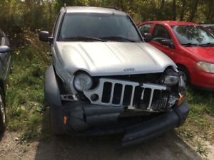 Parting out 2006 Jeep Liberty