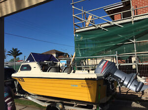 Must sell ****1985 Sports Craft 16ft Half Cabin Low HRS!! Springvale Greater Dandenong Preview