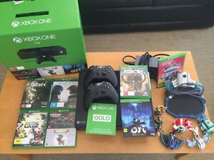 XBOX ONE 1TB, 2 CONTROLERS, 7GAMES, SKYLANDERS SUPERCHARGER Huntleys Point Hunters Hill Area Preview