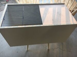 Brooder box with heat light drinker and feeder Riverstone Blacktown Area Preview