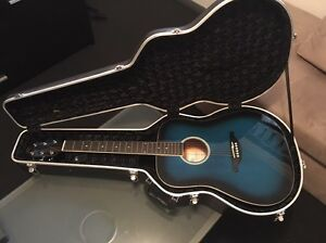   PRICE DROP   Acoustic Guitar and Hard Case Blacktown Blacktown Area Preview