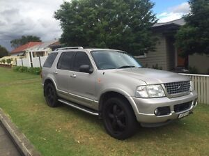V8 Ford Explorer Limited 4x4 East Maitland Maitland Area Preview
