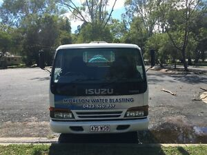 Isuzu NPR200 water blasting truck Mount Cotton Redland Area Preview