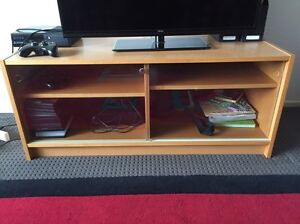 TV Unit Wilberforce Hawkesbury Area Preview