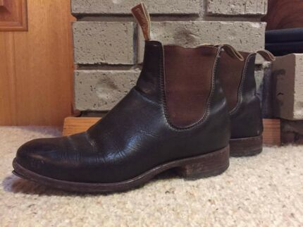 R.M Williams Boots (Brown Leather, SIZE 8)