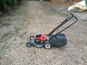 Victa lawn mower Mooloolah Valley Caloundra Area Preview