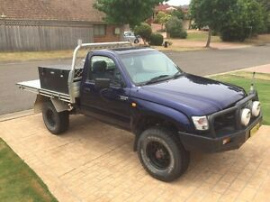 2003 4x4 Toyota Hilux Narellan Vale Camden Area Preview