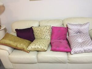 Scatter cushions Coffs Harbour Coffs Harbour City Preview