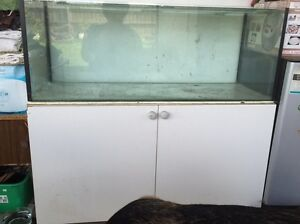 3 Ft Fish Tank w/ Cabinet North Melbourne Melbourne City Preview