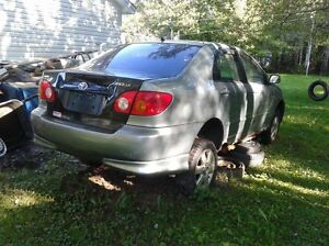 2003 Corolla for parts