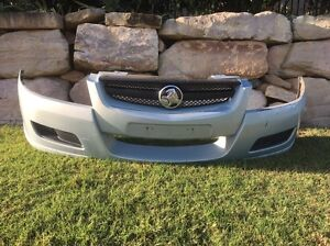VZ executive front bumper for sale Oxenford Gold Coast North Preview