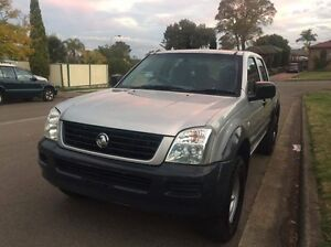 Cheapest 2004 auto dual cab v6 Holden rodeo ,1 year rego Bossley Park Fairfield Area Preview