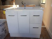 Second hand bathroom vanity Cronulla Sutherland Area Preview