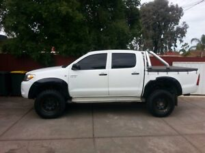 2006 Hilux SR with low K's Parafield Gardens Salisbury Area Preview