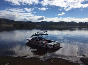 Lewis ski boat hull Oxley Vale Tamworth City Preview