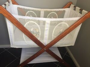 Baby Bassinet Forest Lake Brisbane South West Preview