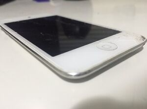 iPod 4 touch 16gb unlocked Cabramatta Fairfield Area Preview