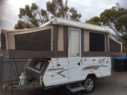 2005 Jayco Finch - lifted to outback size