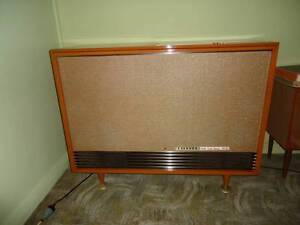 Antique Stereo LP player Nowra Nowra-Bomaderry Preview