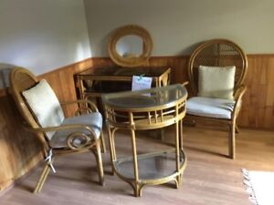 Rattan chairs and two matching shelves (glass top) + mirror